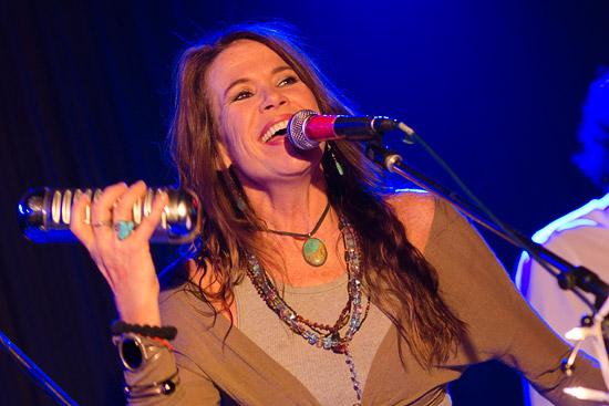 Elizabeth-Lee-live-im-Blues