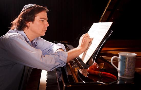ausnahmepianist-menachem-har-zahav